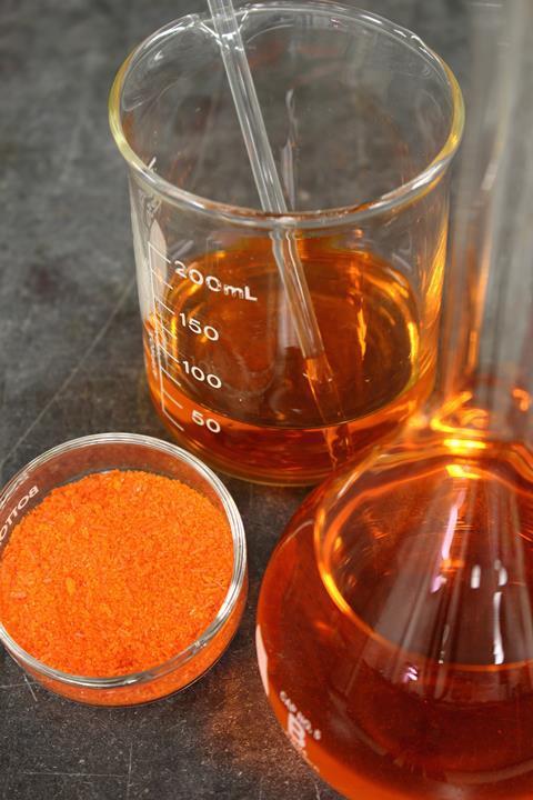 کاربرد دی کرومات سدیم