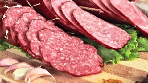 کاربرد نیتریت سدیم در تثبیت کننده رنگ گوشت