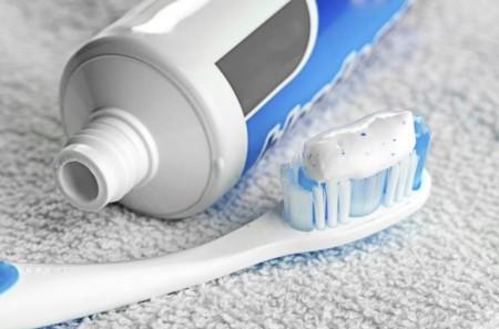 سدیم ساخارین در خمیر دندان
