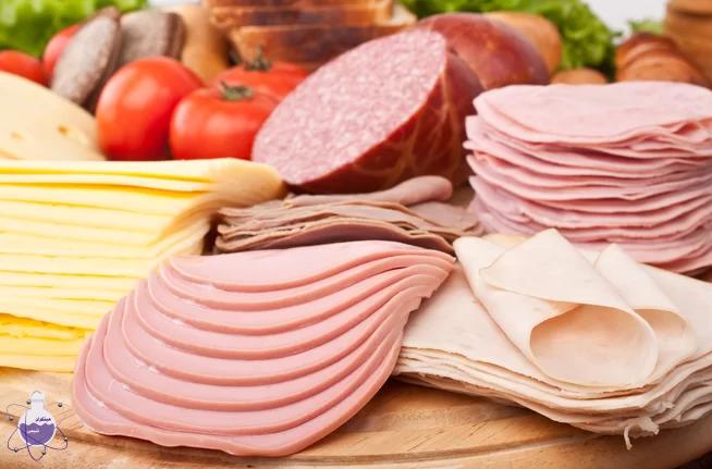 کاربرد اسید نیتریک در فراورده های گوشتی