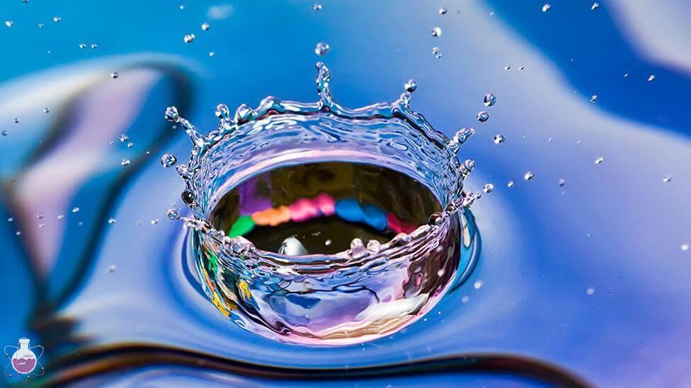 آب معروفترین حلال معدنی