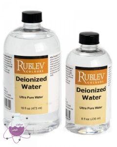 آب دیونیزه چیست و چه کاربردی دارد