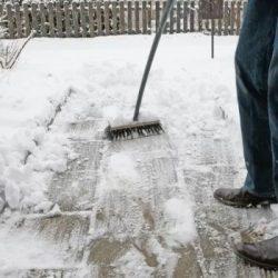 چگونه نمک هایی مانند کلرید منیزیم از یخ زدگی جاده ها جلوگیری می کنند؟
