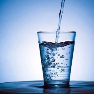 طرز تهیه آب مقطر در خانه