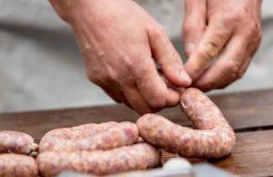 فسفات در صنایع غذایی | بررسی نقش فسفات در سوسیس